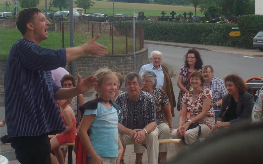 Straßenzauberei in der Eifel
